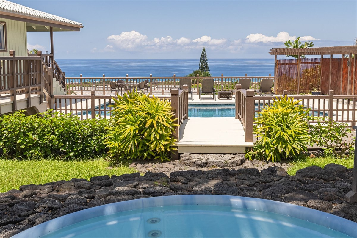 Open Concept Mini Resort Style Home in Kona Town